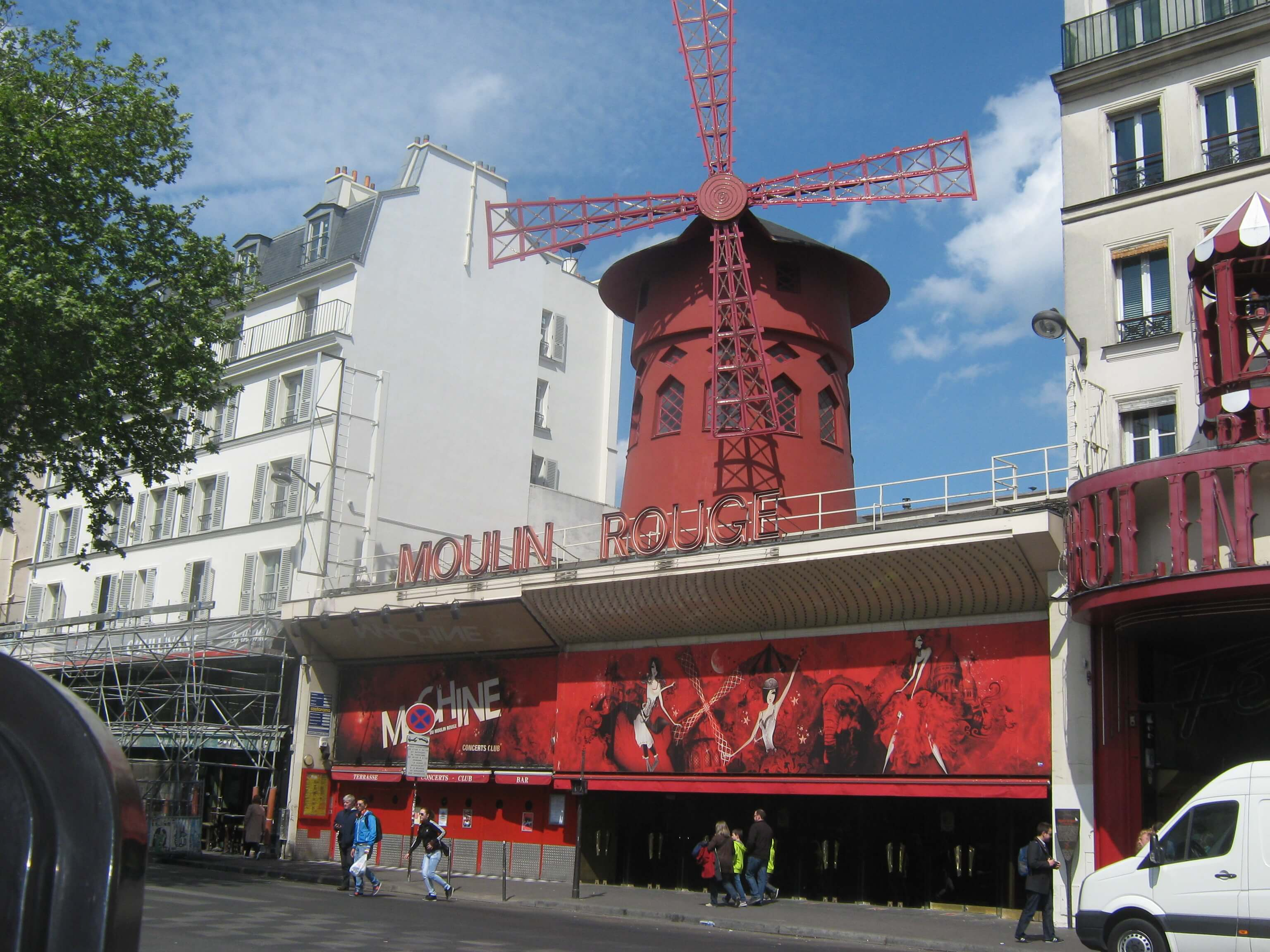 Moulin, rouge1