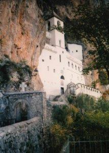 manastir, ostrog1