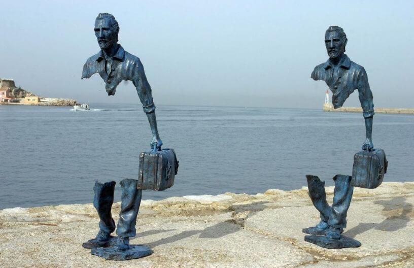 travellers sculpture in marsey