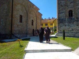 manastir, raca2