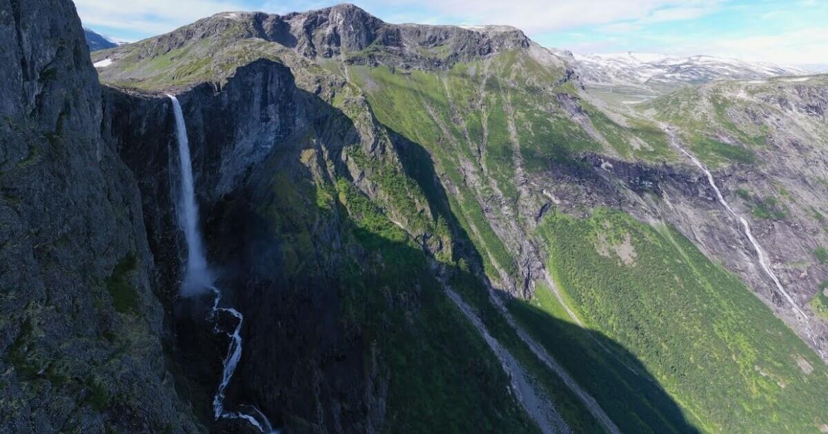 Spektakularni prelet preko planina u severnom delu Norveške